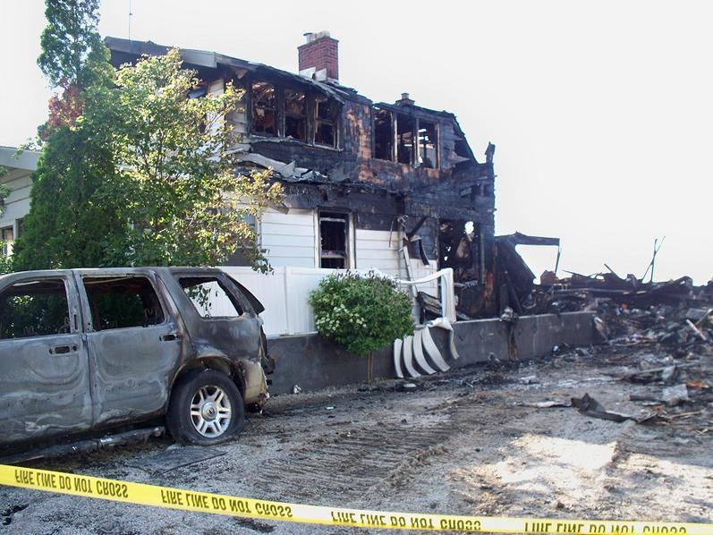 House fire-003-2-.jpg