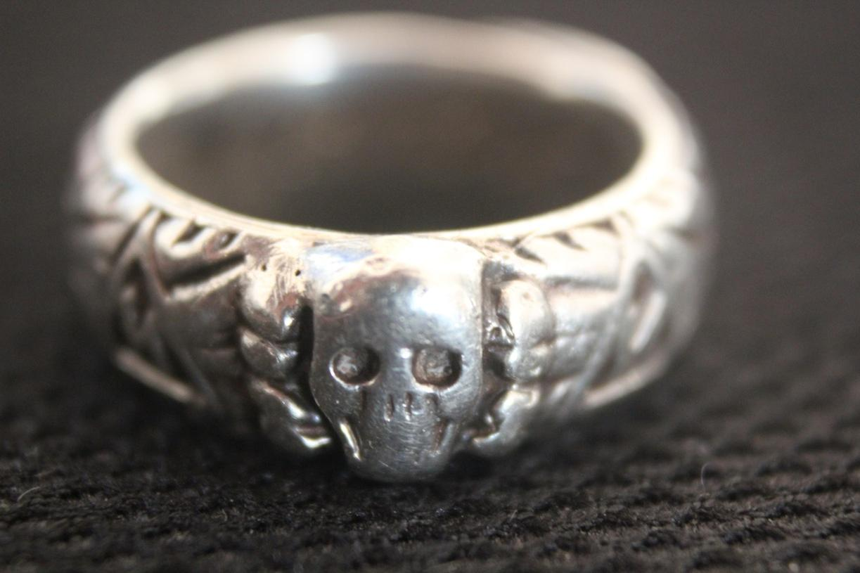 "For Sale: Original Waffen SS ""Totenkopf"" Ring (1937) + Box-1.jpg"