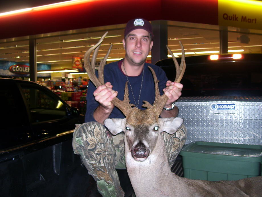 Big Tennessee Buck-102_0772.jpg