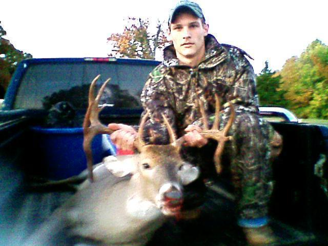 Big Tennessee Buck-1106080612a.jpg