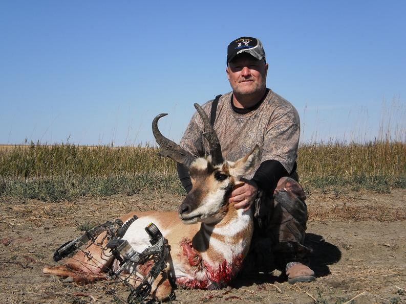 NW Nebraska Antelope Hunts-chris-bow-angle-.jpg