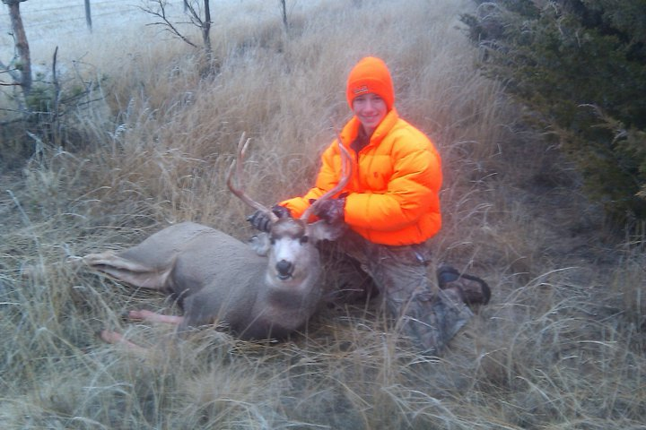 My two years!-deer-hunt.jpg