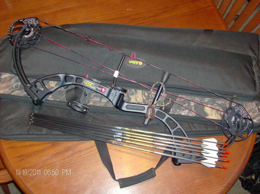 Got my bow back-hpim2718.jpg