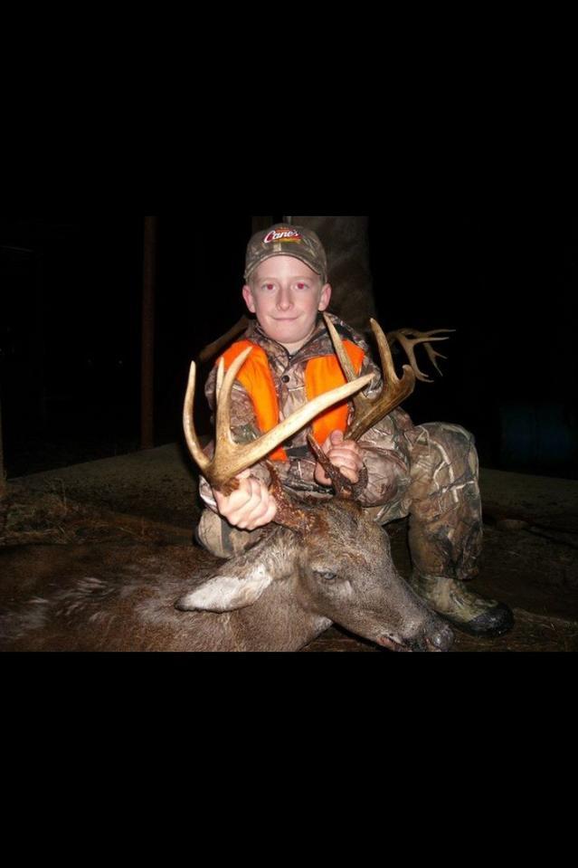 Hunting Club looking for members-tyler-deer-640x960-.jpg